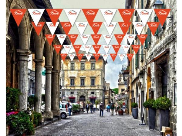 Cadde Arası Açılış Bayrak Süslemesi